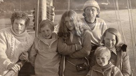 Original picture of Robertson Family